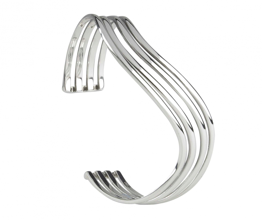 Solid silver wave bangle