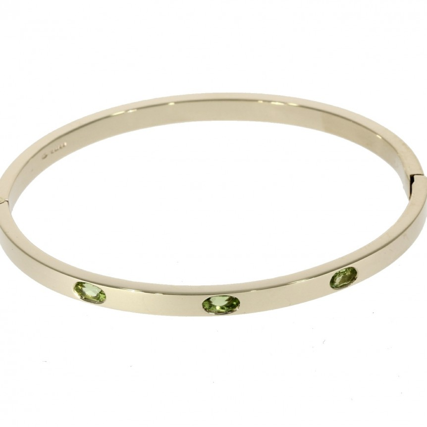 nicholaswyldebespokebangle