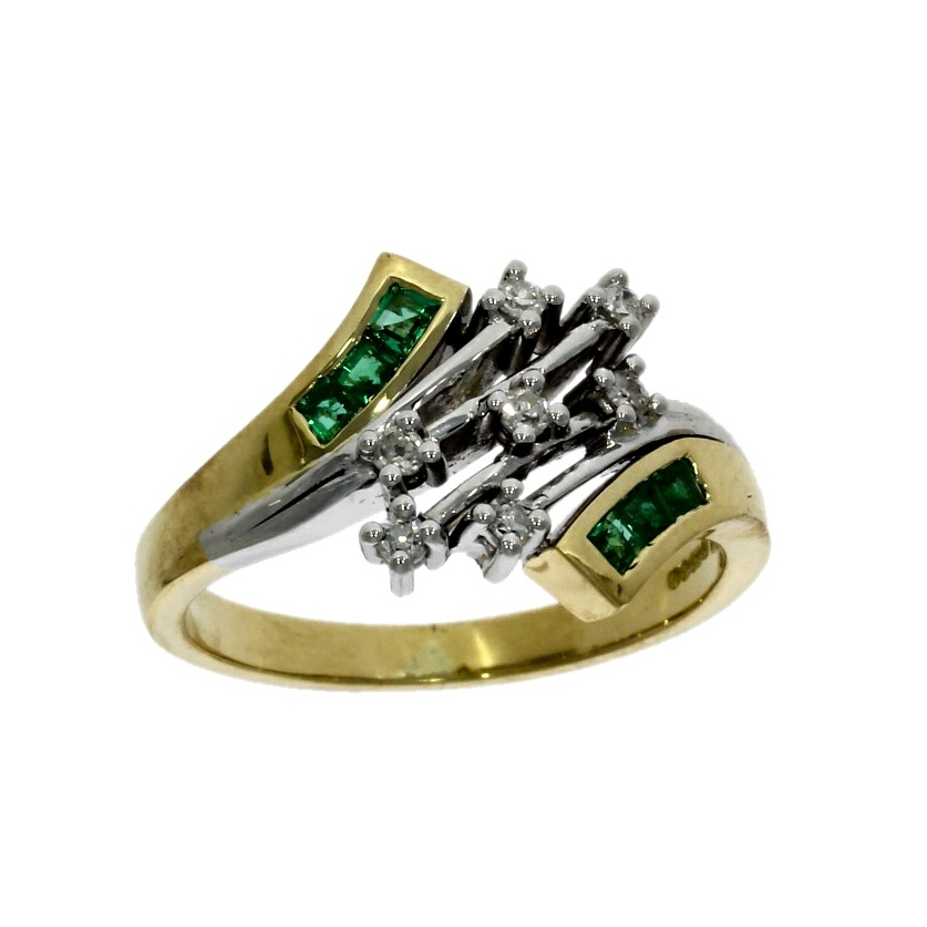 18ct white & yellow gold, diamond & emerald 13 stone dress ring