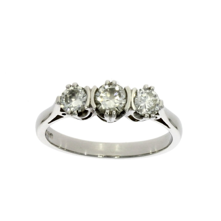 Platinum, diamond 3 stone ring
