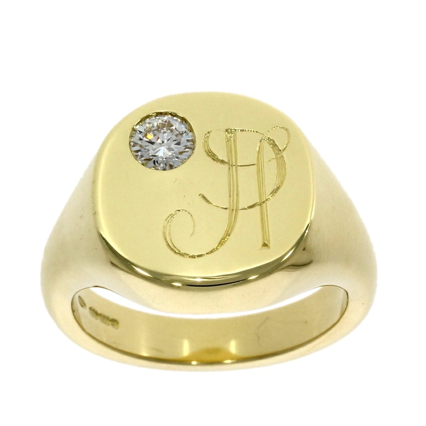 18ct yellow gold, Wylde Flower Diamond® solitaire gentleman's signet ring
