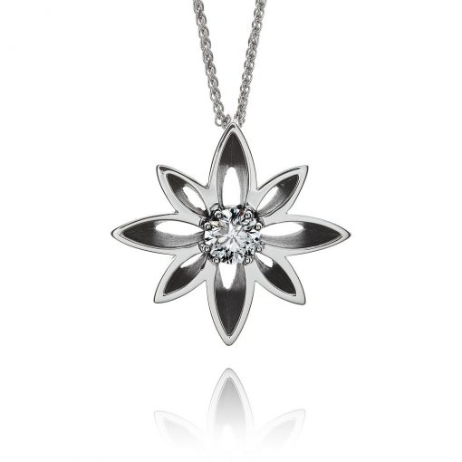 Contemporary Wylde Flower Diamond pendant