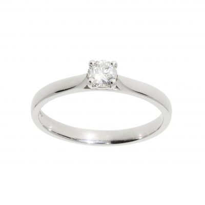 classic diamond engagement ring solitaire white metal platinum single stone claw set ring