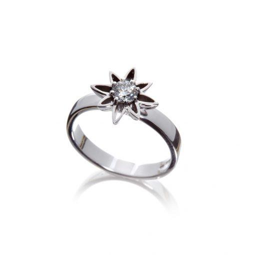 Small stylised Wylde Flower Diamond dress ring