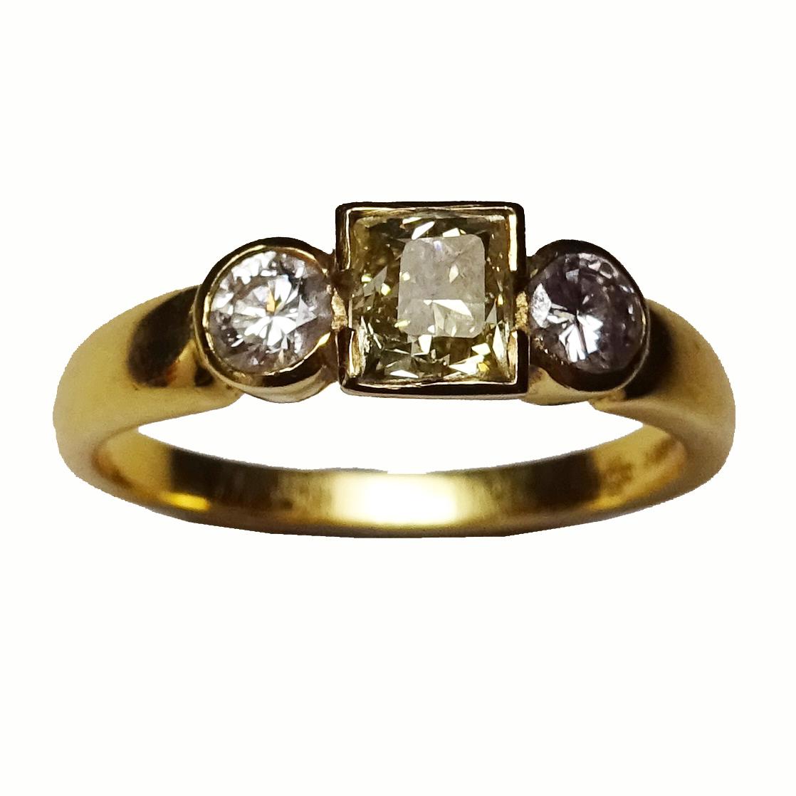Wylde Offer 4 (Bristol): 18ct yellow gold, yellow & white diamond ring