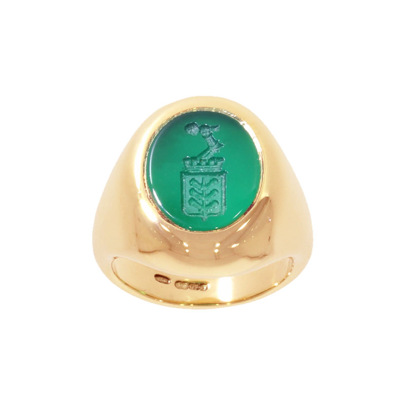 18ct Yellow Gold Green Engraved Agate Signet Ring