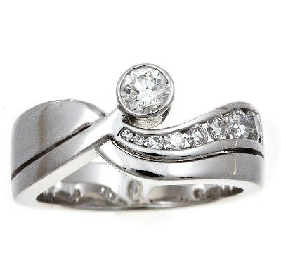 Diamond multi-stone ring