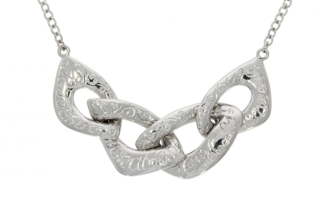 18ct White Gold Engraved Names Necklace