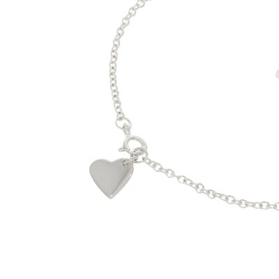 Close up on heart charm bracelet
