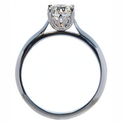 The Wylde Flower Diamond® Petal ring