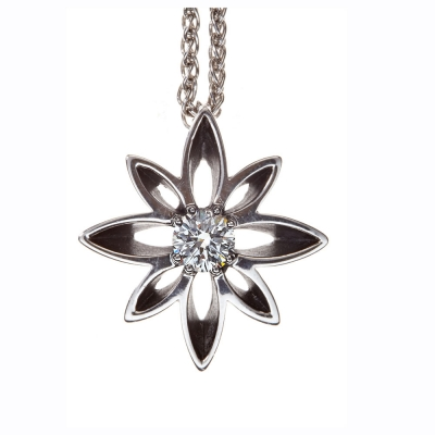 The Wylde Flower Diamond® smaller design Flower pendant