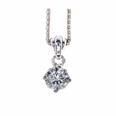 The Wylde Flower Diamond® Petal pendant