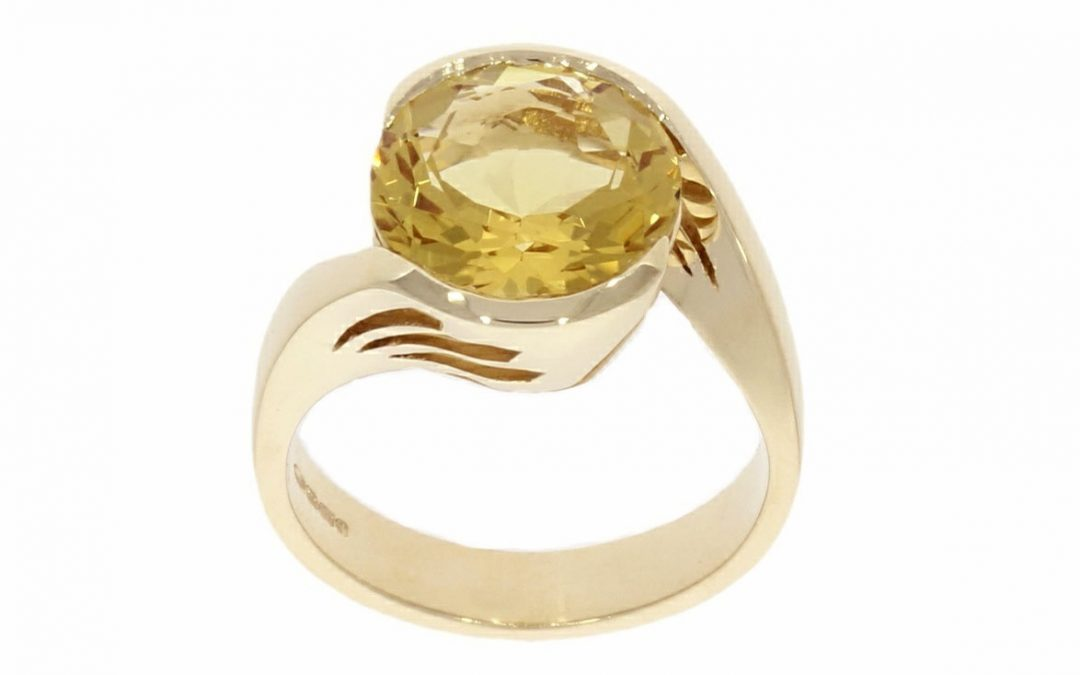 9ct Yellow Gold & Yellow Beryl Ring