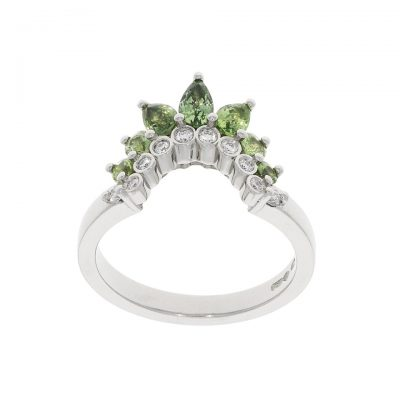 18ct white gold diamond and green sapphire shaped wedding band