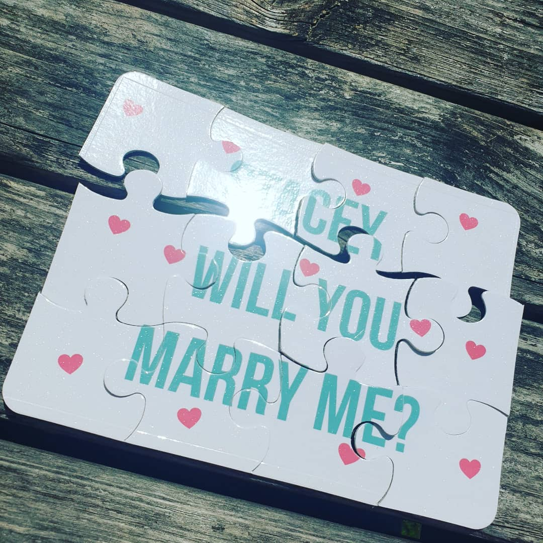 Will you marry me proposal puzzle engagement story