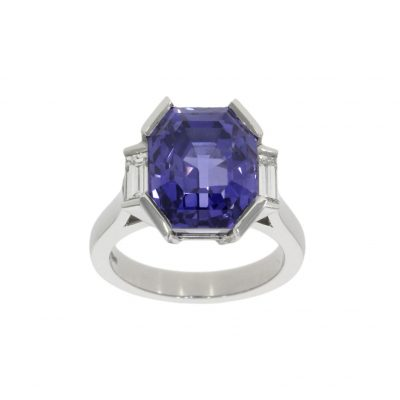 A magnificent 100% natural unheated untreated blue sapphire dress ring