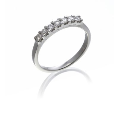 The Wylde Collection - diamond 7 stone ring