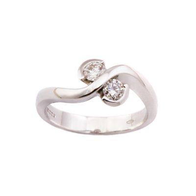18ct white gold diamond twist ring