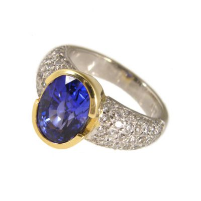 Multi-stone sapphire and diamond ring