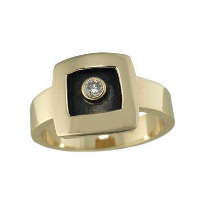 Oxidised diamond ring