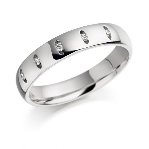 Gold 5 stone diamond set ring
