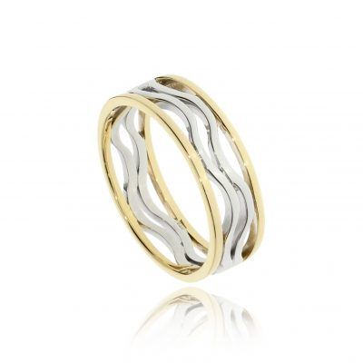 Lightweight mixed gold men's wedding ring no straight lines