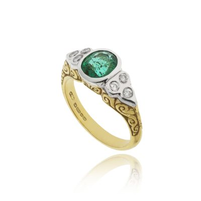 18ct yellow gold platinum emerald rubover diamond shoulders