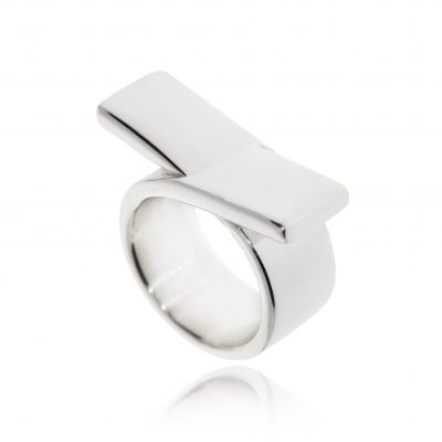 chunky silver statament ring cross over bow polished ring