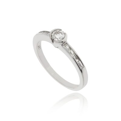 Unique baguette cut rectangle shoulder engagement ring