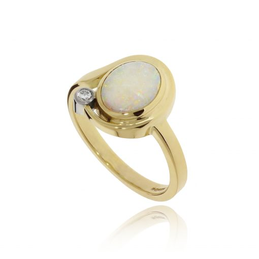 Opal and diamond ring 18ct yellow polished ring