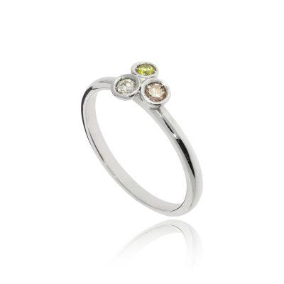 18ct white gold coloured diamond ring yellow cognac diamonds three stone ring
