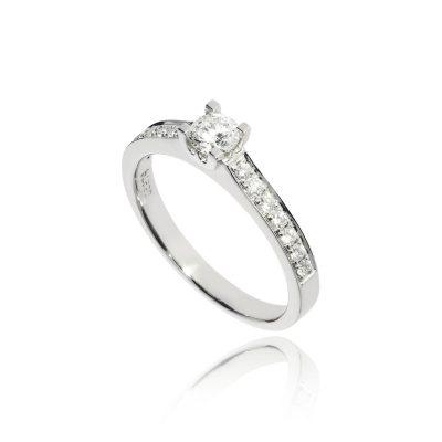 diamond ring diamond shoulders platinum white metal