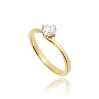 engagement ring round brilliant diamond twist setting compass point setting twisted shoulders 18ct yellow gold